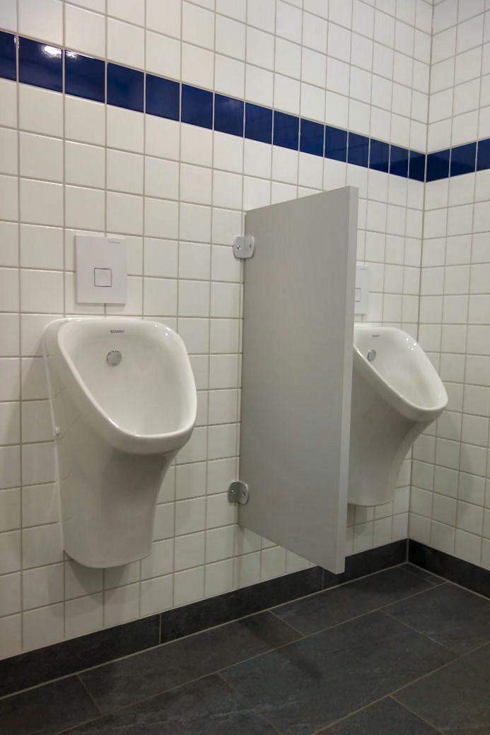 Schamwand Wc wc trennwandanlagen dusch und umkleidekabinen